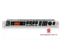 EFECT BEHRINGER FX2000